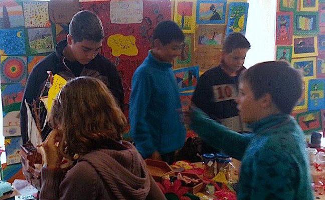 Los alumnos de Huétor Vega venderán sus creaciones en un mercadillo solidario