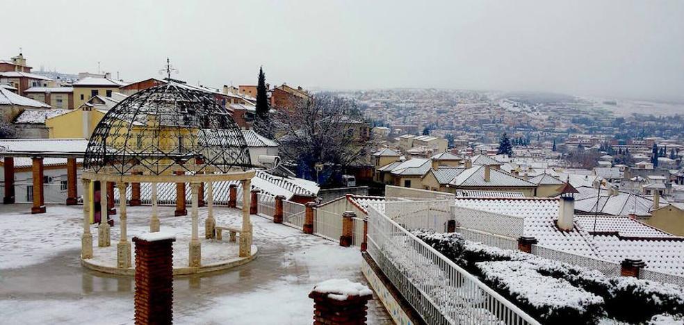 La estampa mágica de Huétor: nevada el Día de Reyes