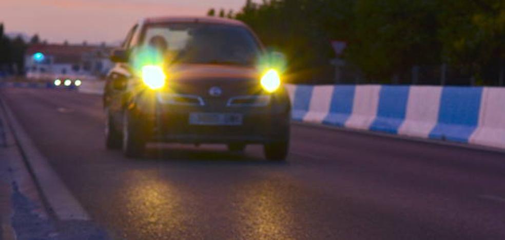 La zubia: carretera en penumbra