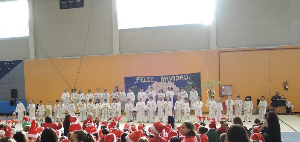 Los escolares celebran la Navidad más internacional