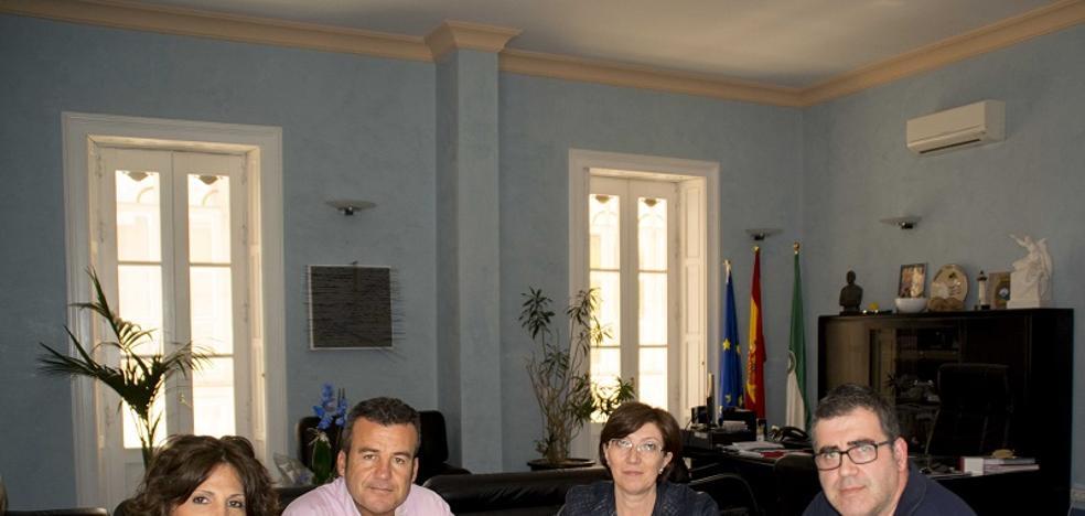 Carboneras destina 48.000 euros en ayudar a sus vecinos con el pago de los recibos