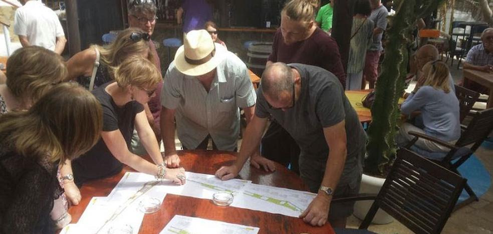 Los chiringuitos de Mojácar reciben una nueva negativa a su propuesta de consenso