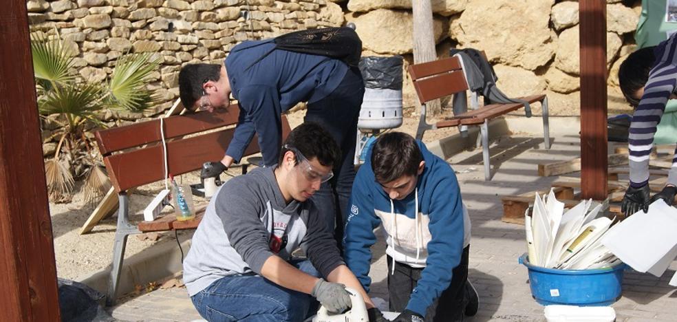 Los estudiantes disfrutan de una jornada de sensibilización ambiental