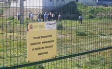 IU y PSOE instan al Gobierno a acometer la limpieza del área contaminada de Palomares