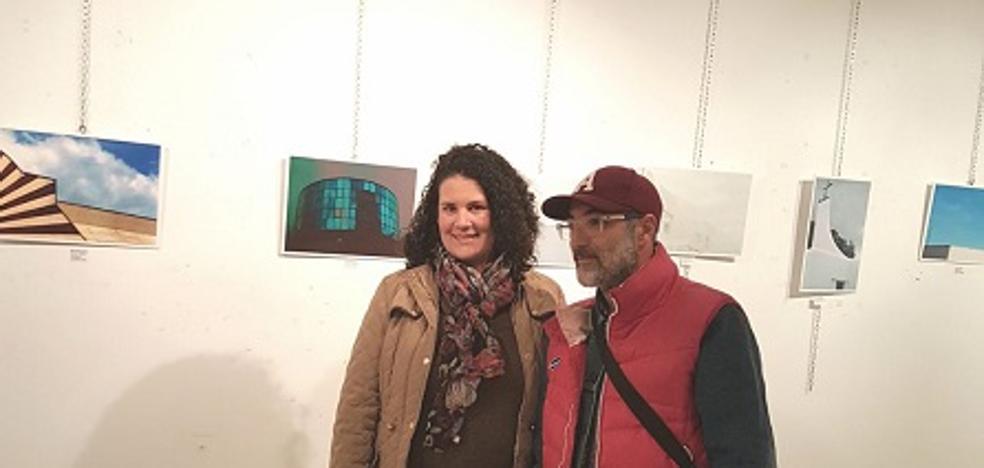 El Centro Municipal de Arte acoge una exposición fotográfica centrada en la arquitectura