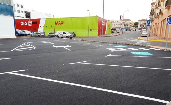 El nuevo aparcamiento público ya está abierto y cuenta con 115 plazas