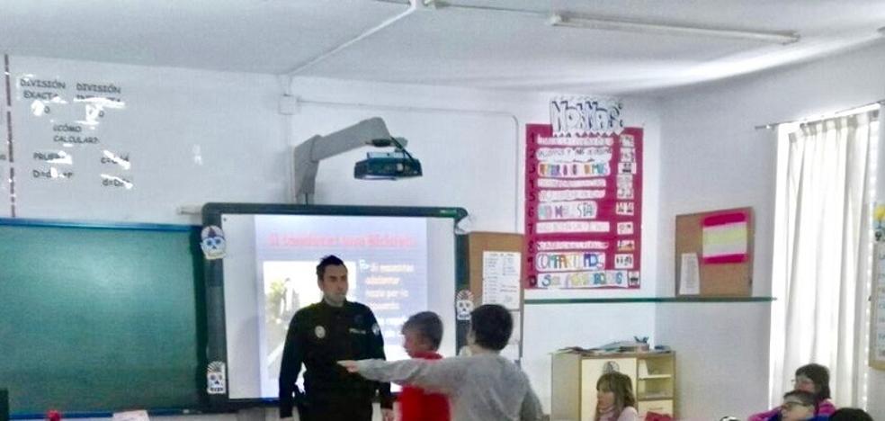 La Policía Local instruye a los más jóvenes en educación vial
