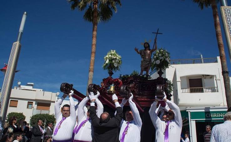 La nueva imagen del Resucitado pone el broche a la Semana Santa carbonera