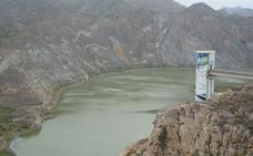 Los embalses de Benínar y Cuevas registran más agua