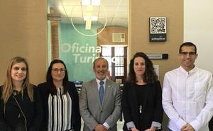 El Ayuntamiento de Vera refuerza el área de Turismo con dos nuevas contrataciones