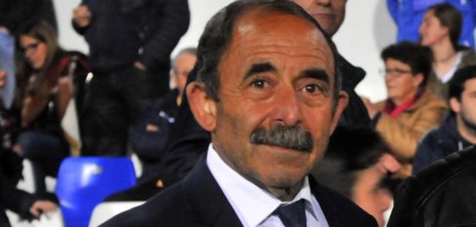 Pedro Sáez defiende su gestión en el Linares y rebate las cuentas presentadas por Jesús Medina