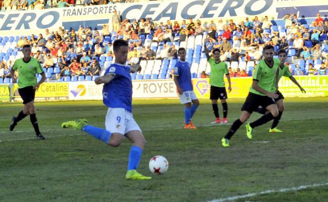 Pekes y Josema aúpan al Linares