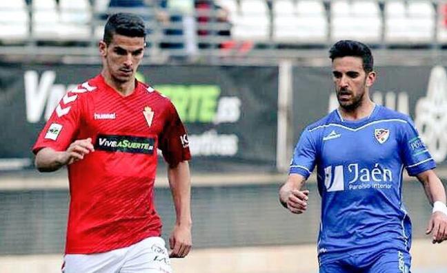 Pablo Aguilera refuerza al Linares