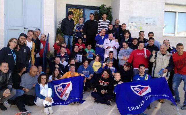 La cara más solidaria del Linares Deportivo