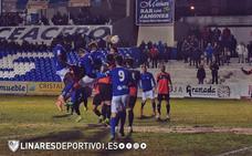 El Linares regala una goleada a su afición por Reyes