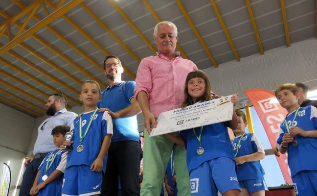 """El Medina Lauxa de fútbol """"se va de vacaciones"""" tras otra temporada de éxitos"""