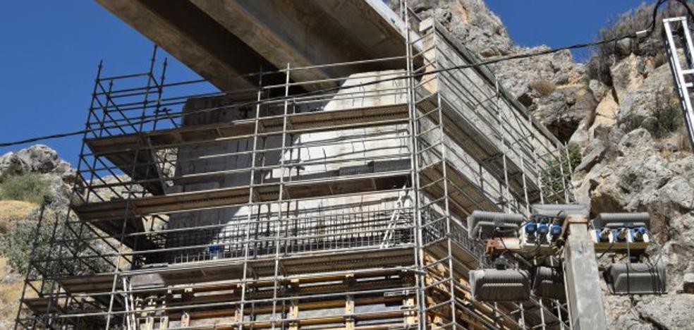 La empresa del AVE en Loja pide ahora 4,6 millones más para nuevas obras en el tramo