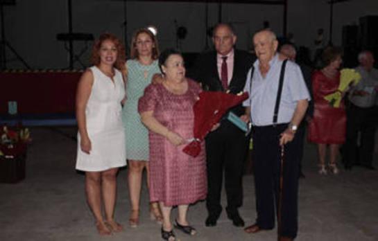 Huétor Tájar homenajea a 20 parejas del municipio por sus Bodas de Oro