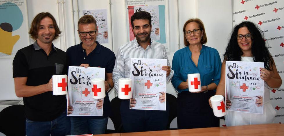 El 'día de la Banderita' de Cruz Roja anima a colaborar para dar oportunidades a niños y jóvenes