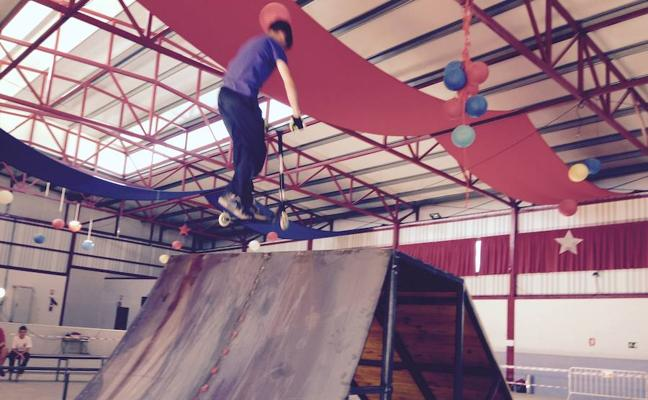 Huétor Tájar apuesta por el deporte alternativo con sus 'Viernes Deportivos'