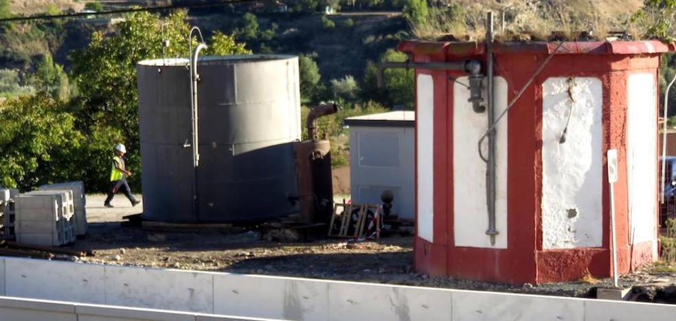 """El desmontaje del antiguo cubato de la Estación lojeña es """"provisional"""" según Adif"""