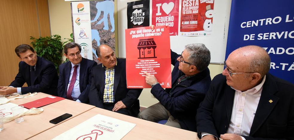 Diputación destaca en Huétor Tájar la importancia del comercio local para el empleo y la actividad de los municipios