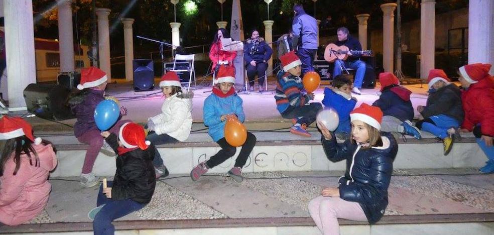 Más alumbrado, decoración y actividades para la Navidad lojeña