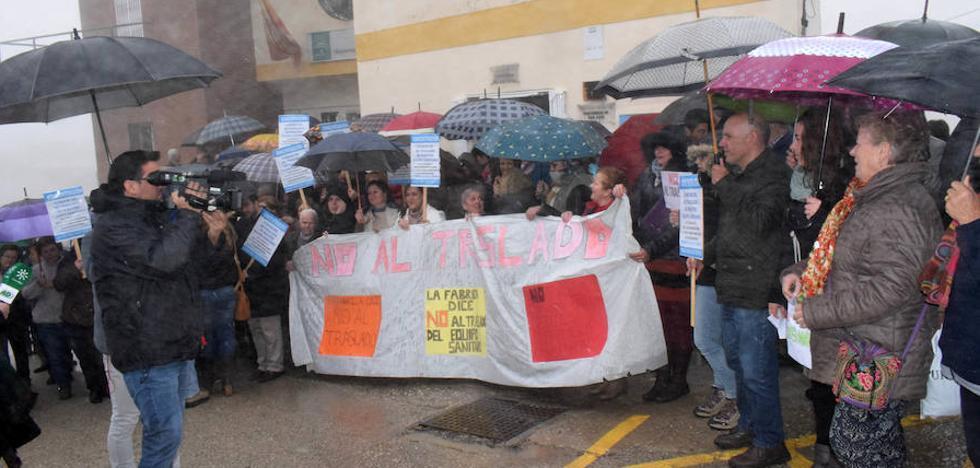 """500 vecinos de Loja """"se mojan"""" para impedir que sus sanitarios sean trasladados"""