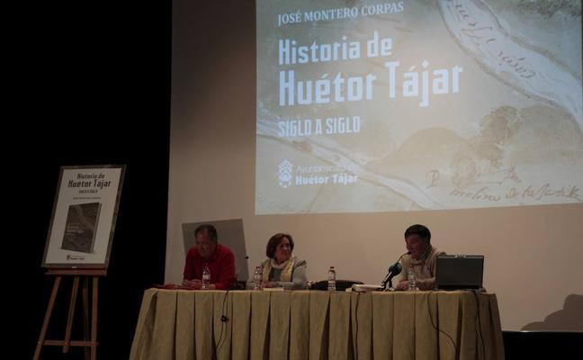 El historiador José Montero presenta su libro 'Historia de Huétor Tájar siglo a siglo'