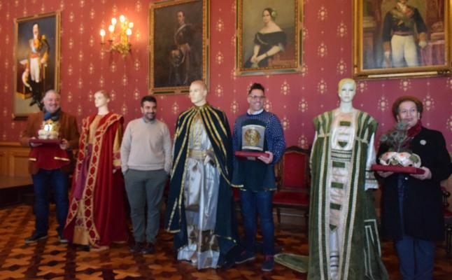 Los Reyes Magos lucirán nuevos trajes en la cabalgata de Loja