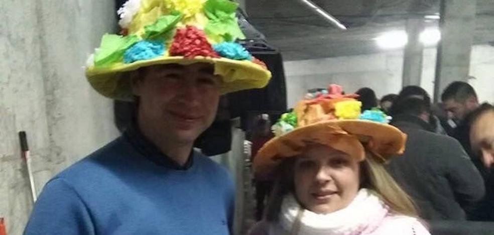 Los vecinos de Lojilla celebrarán mañana su tradicional 'fiesta de los tontos'