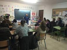 Huétor Tájar combate el machismo con el taller 'Sexo, redes y rock and roll'