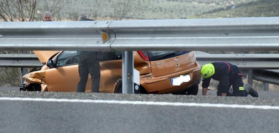 Dos heridos en un accidente en la A-92 a la altura de Salar
