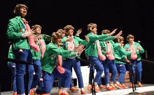 La chirigota 'La mía, la más larga' y la comparsa 'Los soñadores', primeros premios en Loja