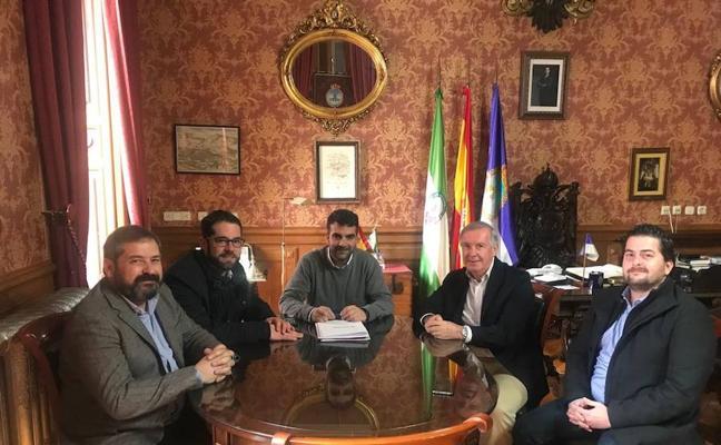 """El Ayuntamiento de Loja muestra su """"total colaboración"""" para que Estrella Galicia amplíe sus instalaciones en el municipio"""