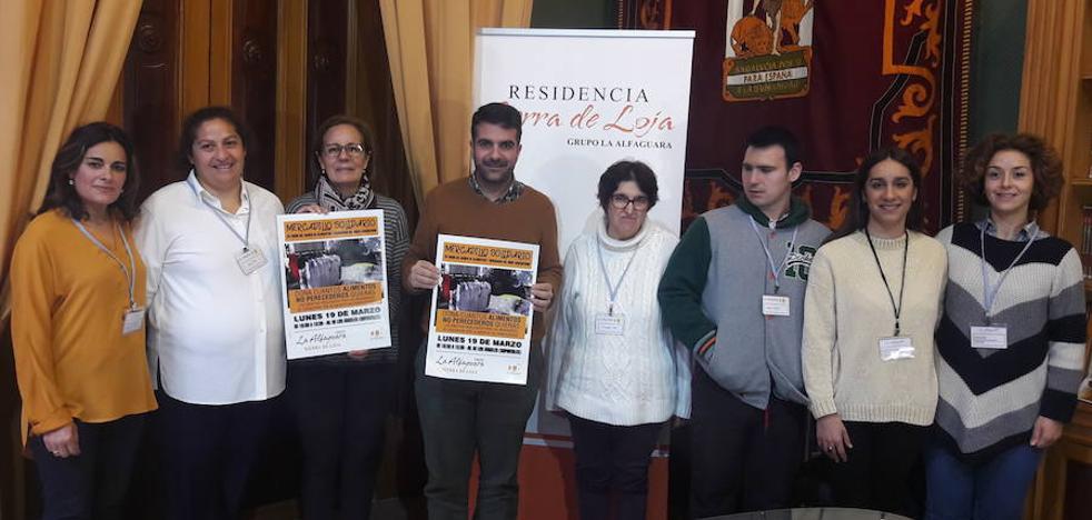 La residencia 'Sierra de Loja' organiza un mercadillo solidario para recoger alimentos