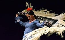 Espectáculo y trajes flamencos para plantar cara a la fibromialgia