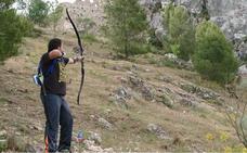Más de 40 arqueros de España y Portugal compiten en puntería en los parajes de Moclín