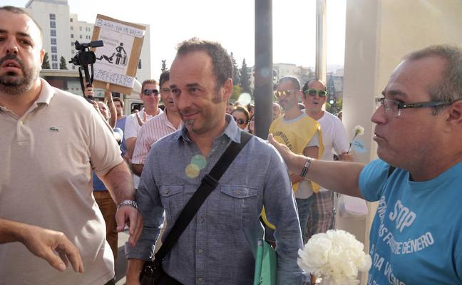 'Granada 'Por la Custodia Compartida Ya' ve presión a la justicia en el caso de Juana Rivas