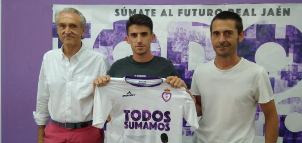 Álvaro llega procedente del Juventud de Torremolinos para «crecer en el Real Jaén»