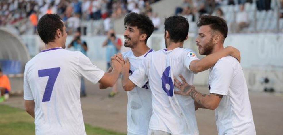 El Real Jaén contratará a un director con plenos poderes en la parcela deportiva