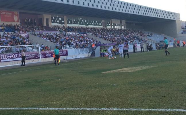 El Real Jaén no encuentra el gol ante el Loja (0-0)