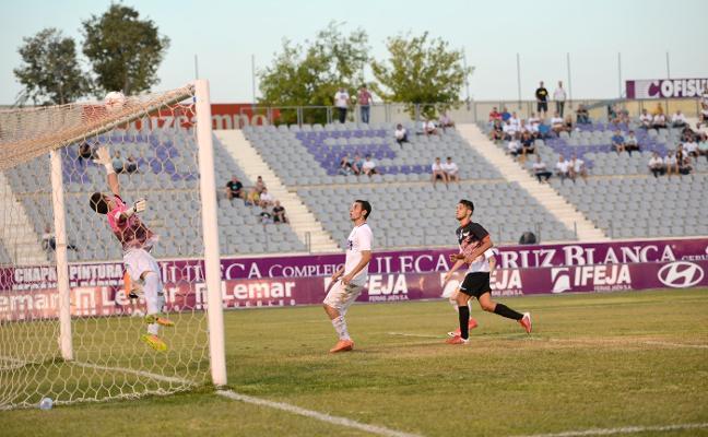 Salva Ballesta debuta hoy con el Real Jaén en el feudo de un Atlético Malagueño que fue su casa