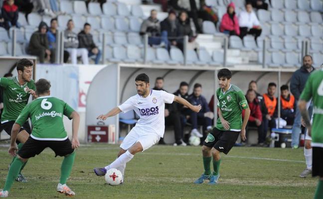 El Real Jaén busca venganza y seguir creciendo frente al Atarfe