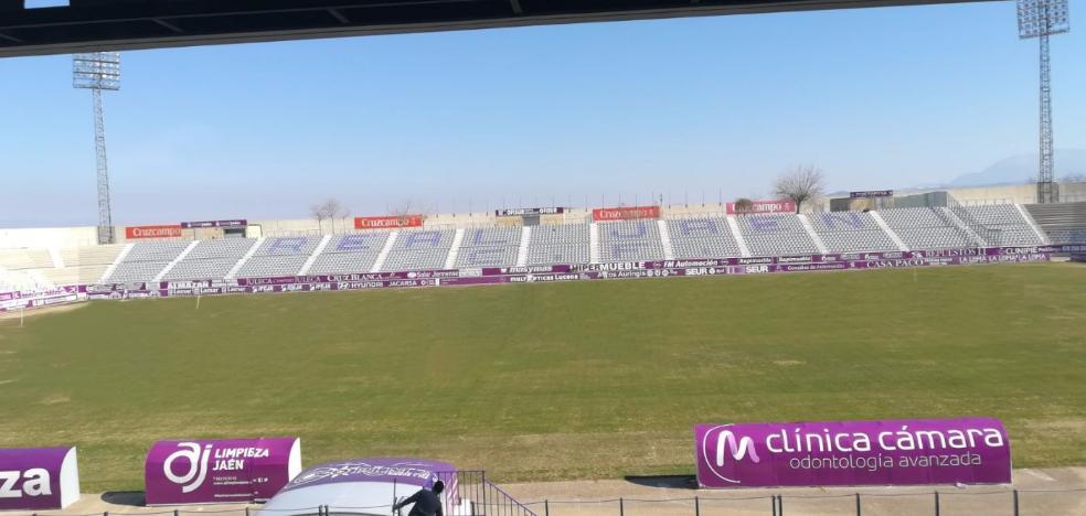 El Real Jaén estrenará este domingo su nuevo tapete verde ante el líder del Grupo IX