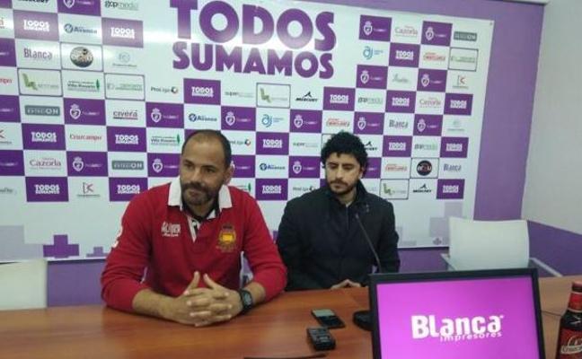 Dimite Salva Ballesta como entrenador del Real Jaén