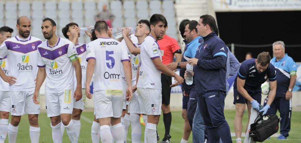 El Real Jaén reconoce la deuda a los jugadores de la pasada campaña