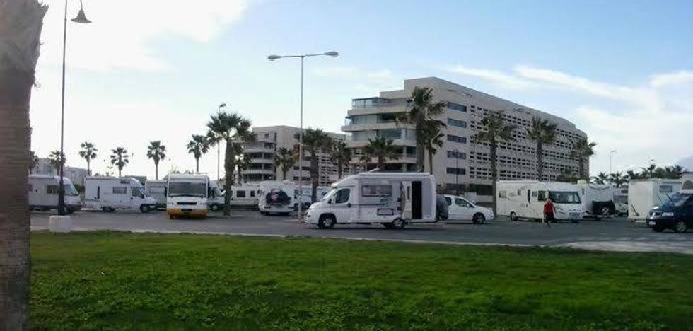 Apoyo unánime a la nueva ordenanza para regular el aparcamiento de caravanas