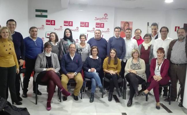 Manolo García revalida su mandato al frente del PSOE con el 98 por ciento de los apoyos