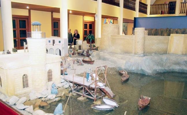 El Belén Monumental abre de nuevo en el Castillo con nuevas figuras y escenarios